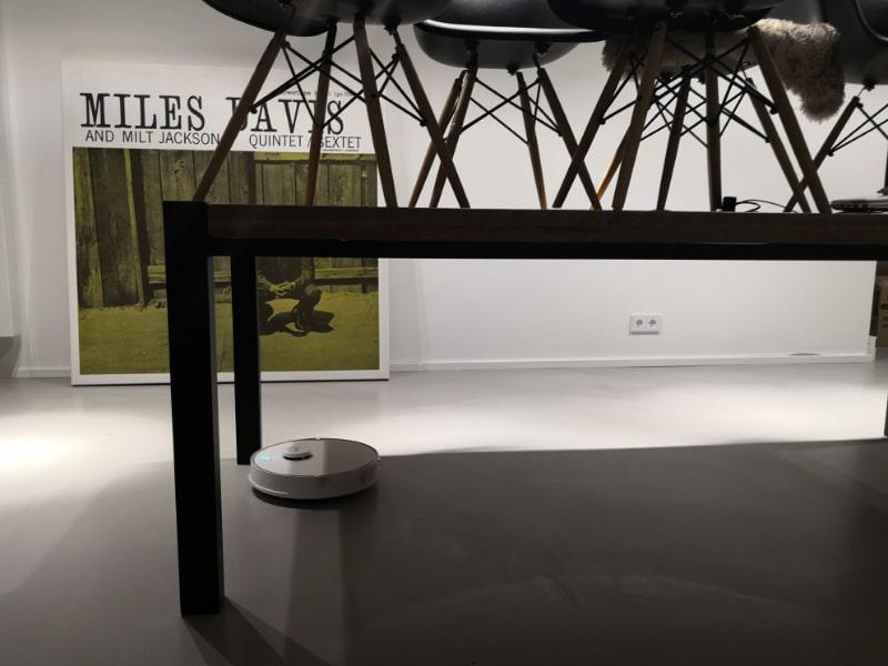 Der 360 S5 Saugroboter im Wohnzimmer Einsatz